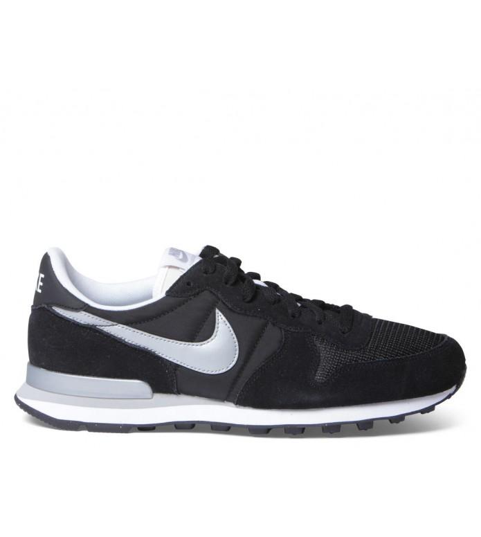 Nike Nike Shoes Internationalist black/metallic silver white