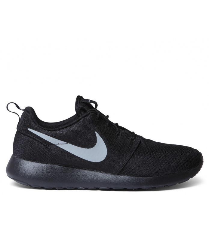 Nike Nike Shoes Rosherun One black/matte silver-flt silver