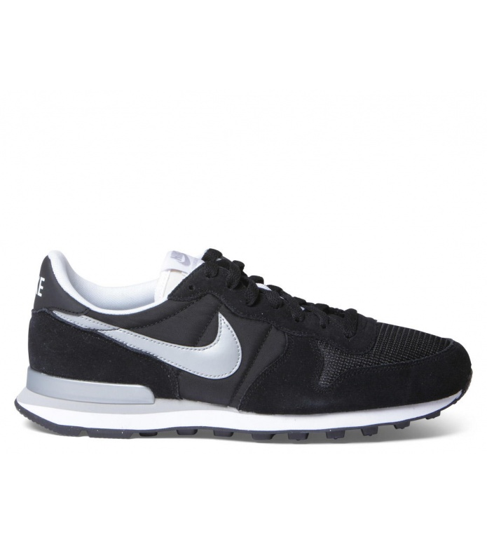 Nike Nike Shoes Internationalist black/metallic silver white