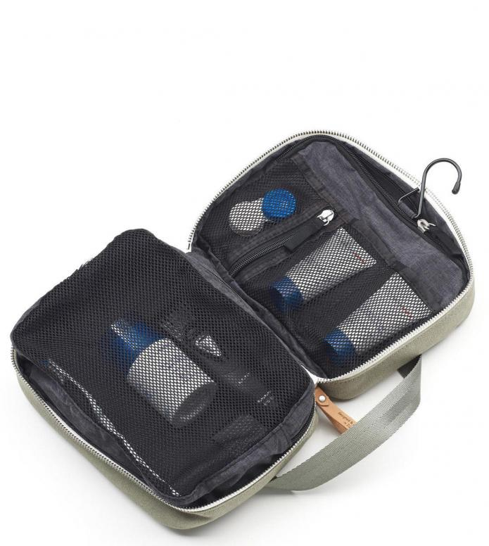 Qwstion Qwstion Washbag Toiletry Kit organic sage