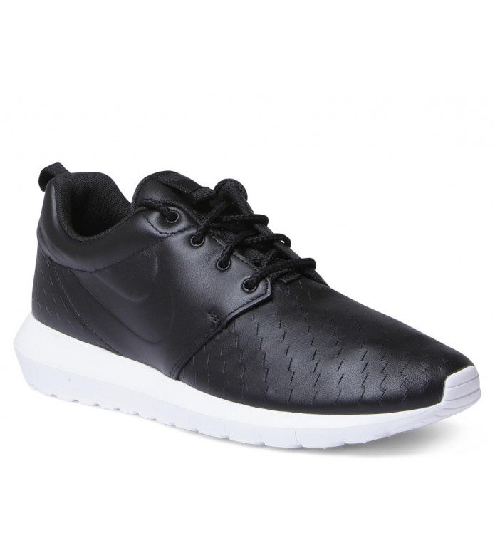 Nike Nike Shoes Rosherun NM LSR black/black-white