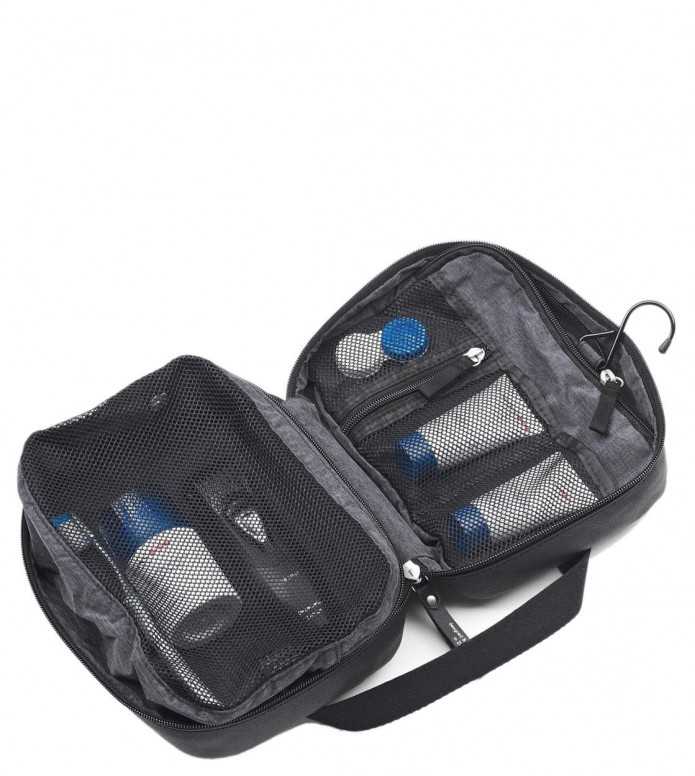 Qwstion Qwstion Washbag Toiletry Kit jet black