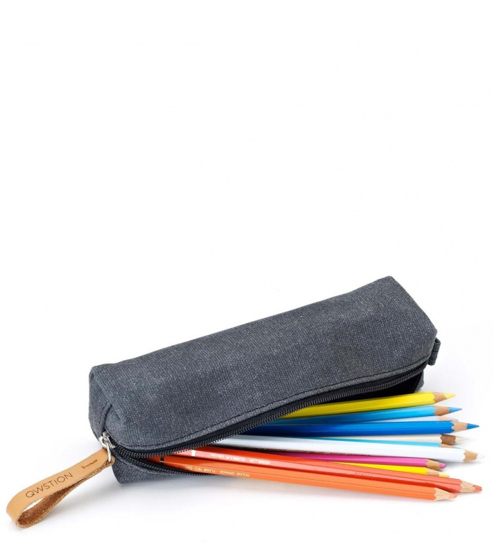 Qwstion Qwstion Pencil Case washed black