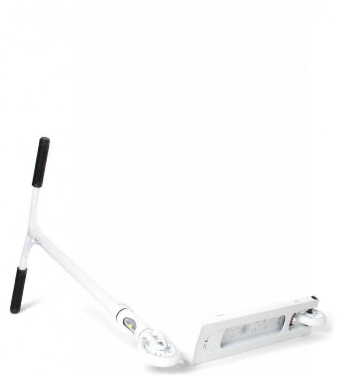 AO AO Scooter Quadrum 2 white