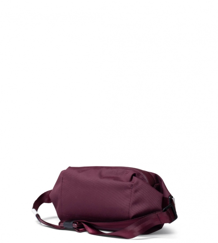 Freitag Freitag ToP Hip Bag Phelps red marsala/red/white